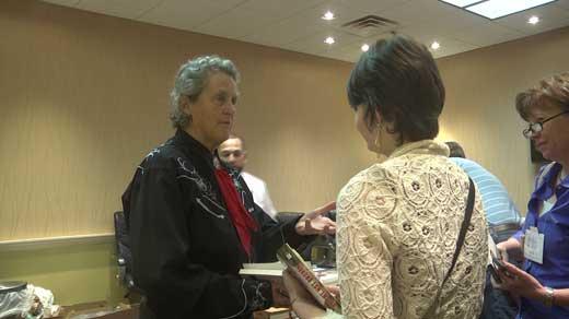 Temple Grandin (left)