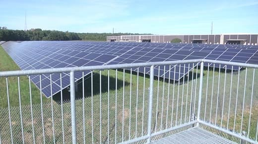 Solar panels (FILE)