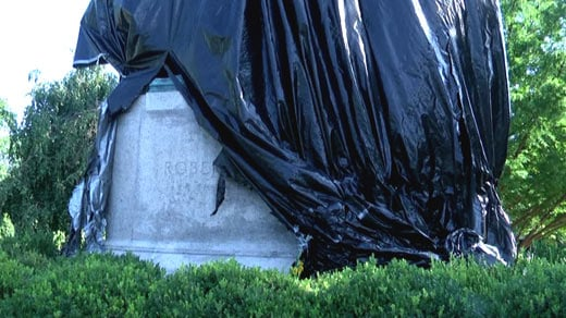 Vandalism of the Lee statue in Emancipation Park