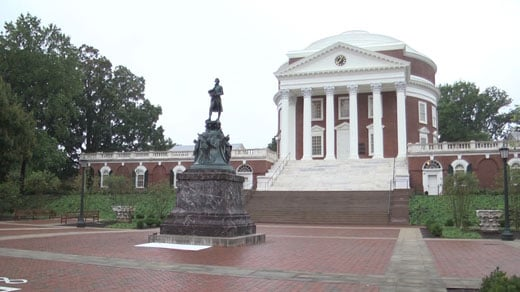 Statue of Thomas Jefferson in front of the Rotunda