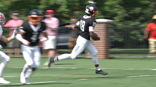 Khalid Thomas scored two touchdowns in the first half for Woodberry