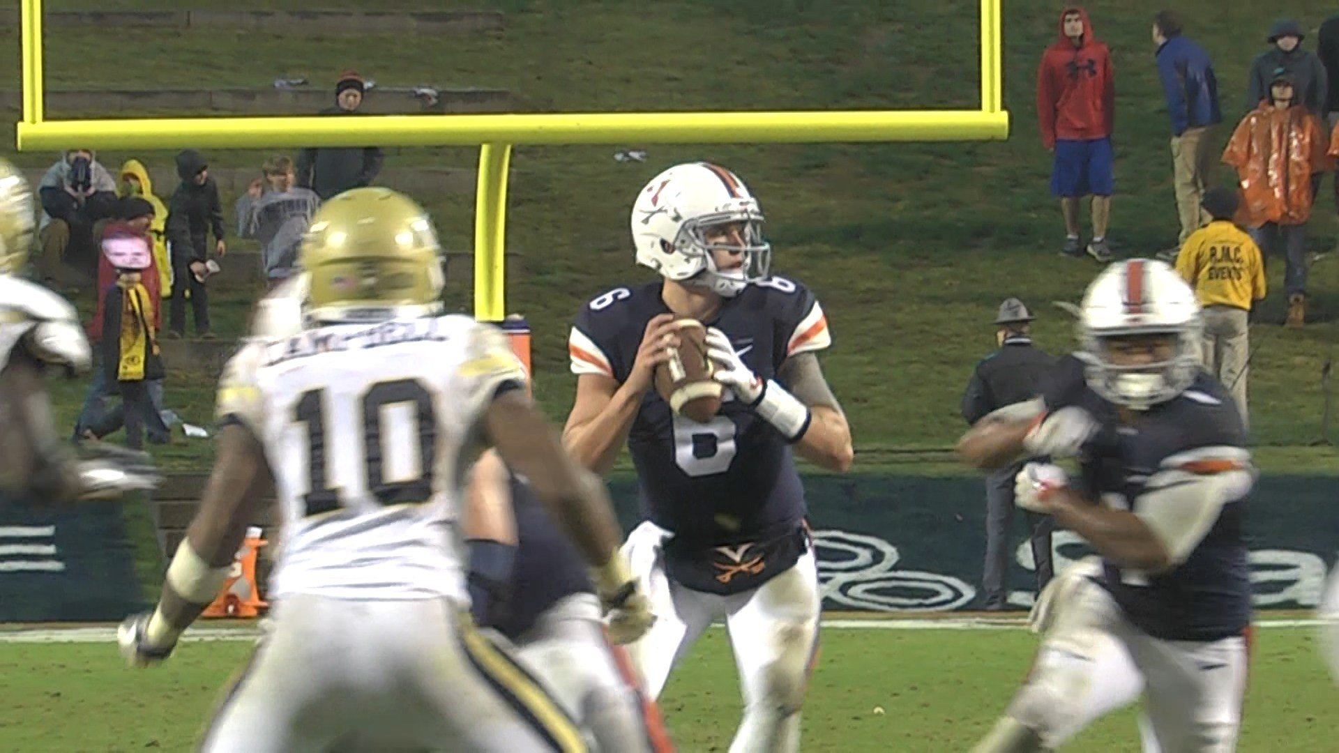 Kurt Benkert passed for 260 yards and three touchdowns in UVa's victory