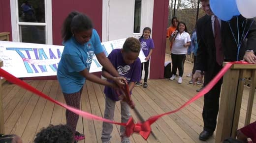 Ribbon cutting ceremony at the Southwood location