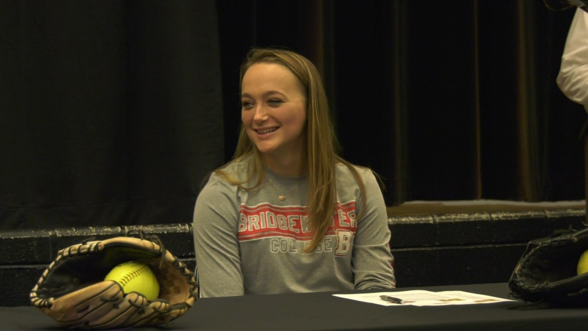 Emily Clifford will play softball at Bridgewater
