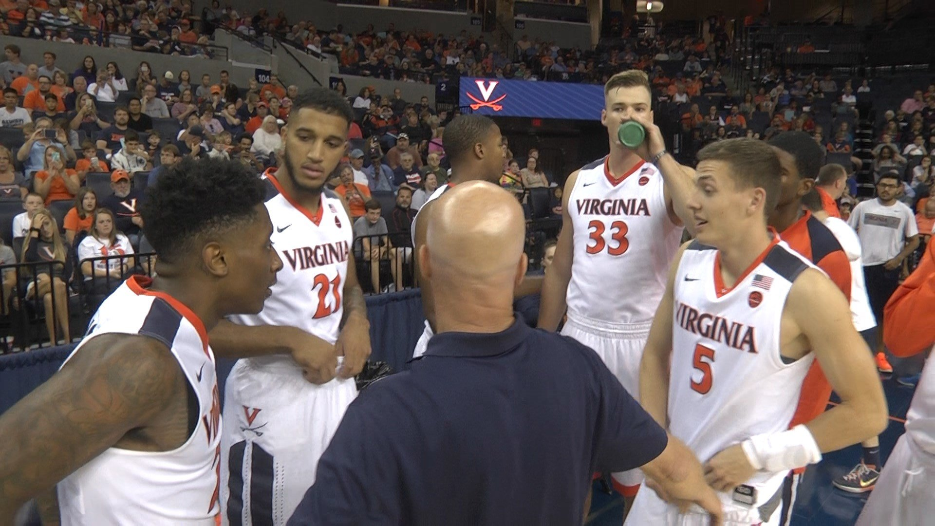 UVa basketball is ranked #18