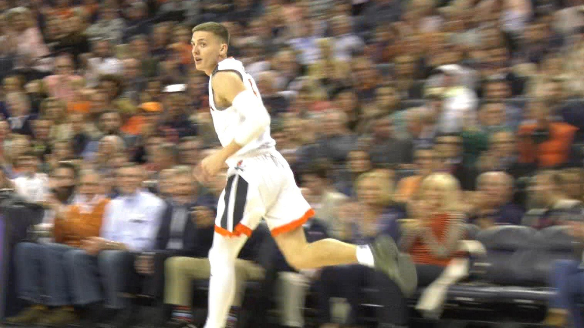Kyle Guy finished with a game high 17 points against Wisconsin