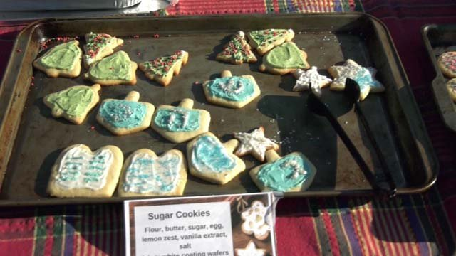 Customers could mix and match cookie varieties