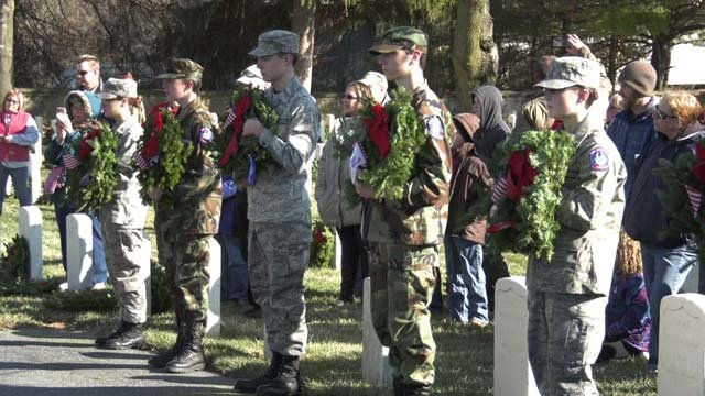 Volunteers Place Wreaths At Md. And Va. Cemeteries