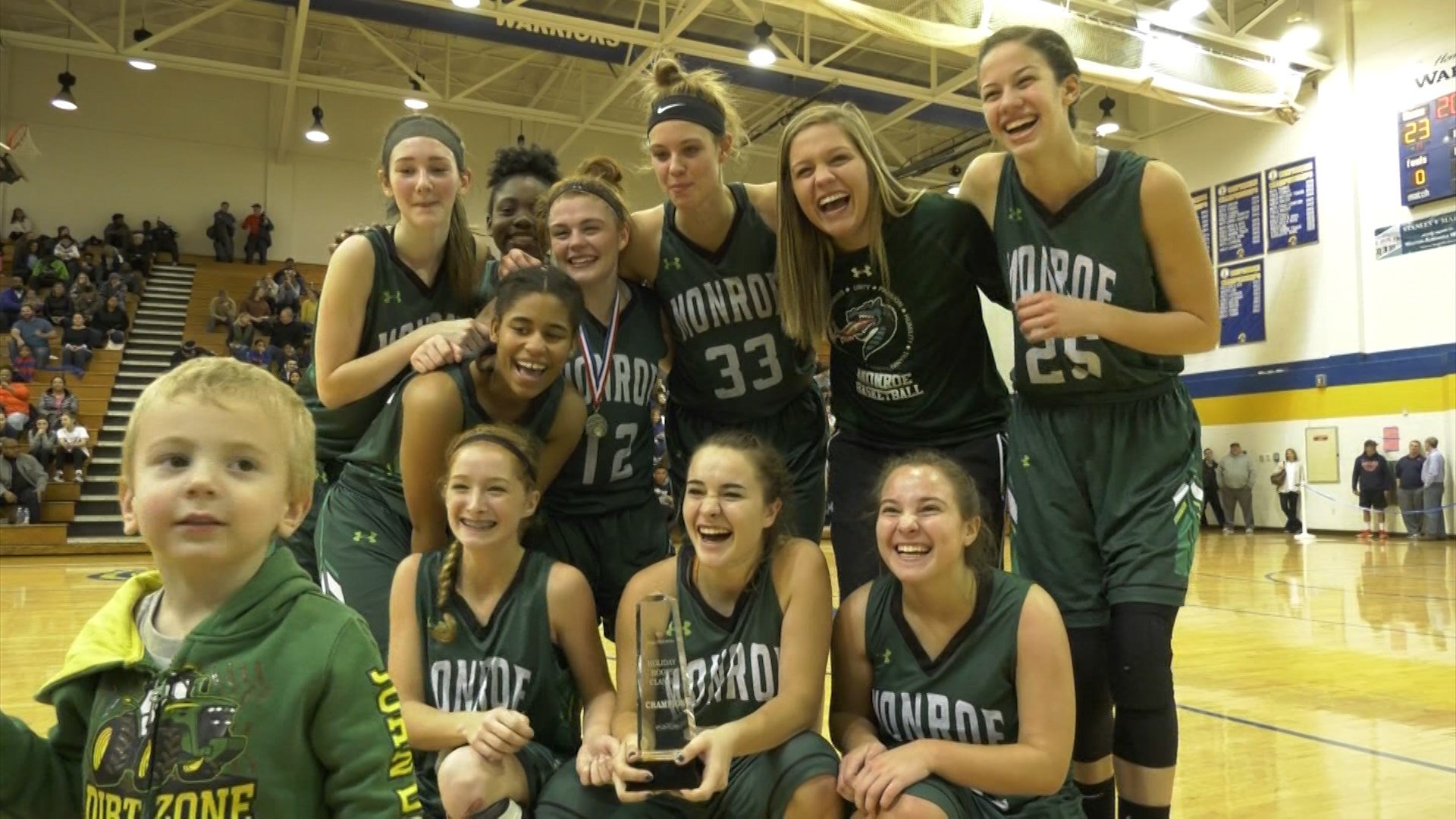 William Monroe wins the Holiday Classic Championship