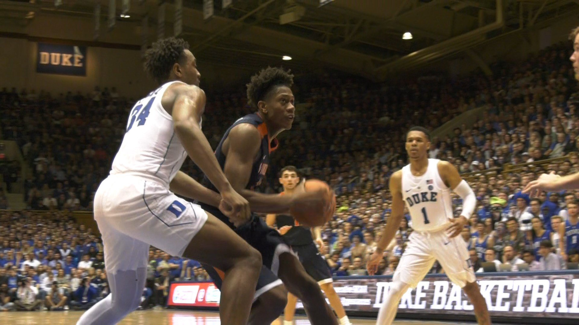 Wildcats jump back into top 10