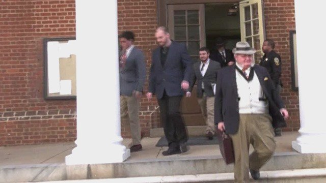 Chris Cantwell (CENTER) leaving Albemarle Circuit Court (FILE IMAGE)