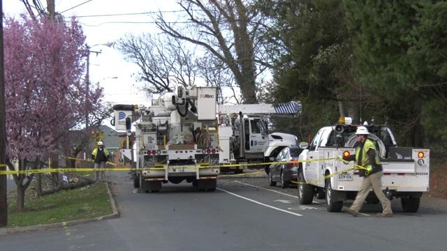 Crews with Dominion Energy working to restore power in Charlottesville