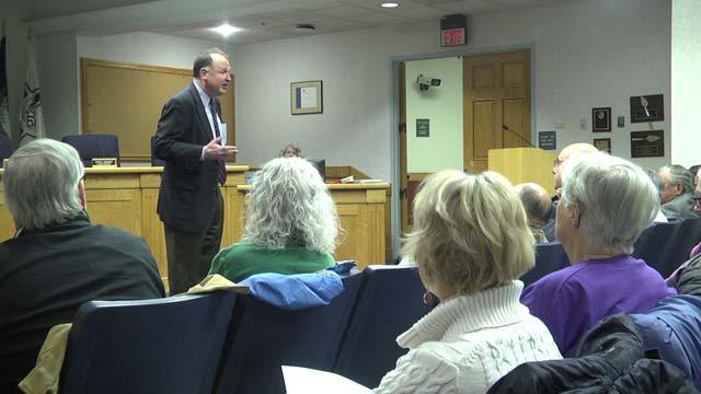 Creigh Deeds speaks to Democrats in Staunton