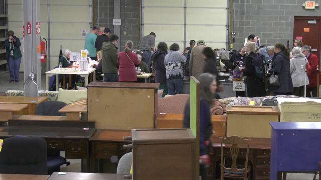 Hundreds of people showed up for the sixth repair cafe.