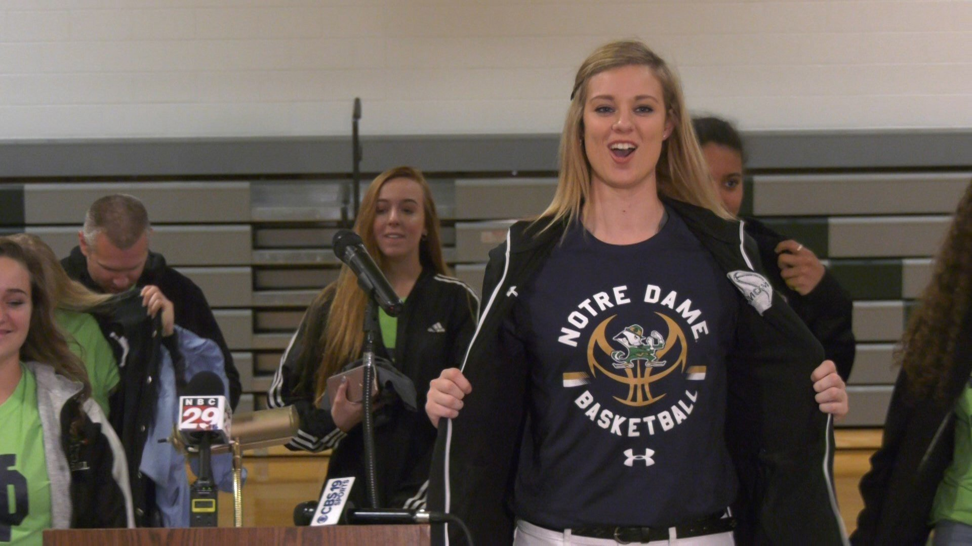 Sam Brunelle reveals that she will play college basketball at Notre Dame