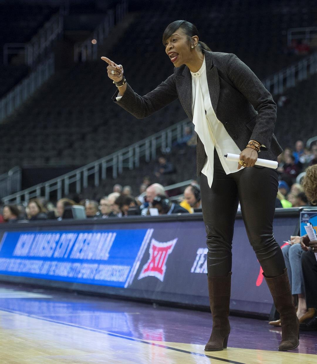 Virginia names former WNBA star Tina Thompson as new head coach