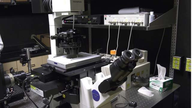 A UVA doctor has developed a new microscope