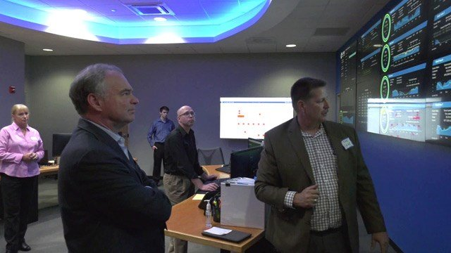 Tim Kaine touring Apex Clean Energy in Charlottesville