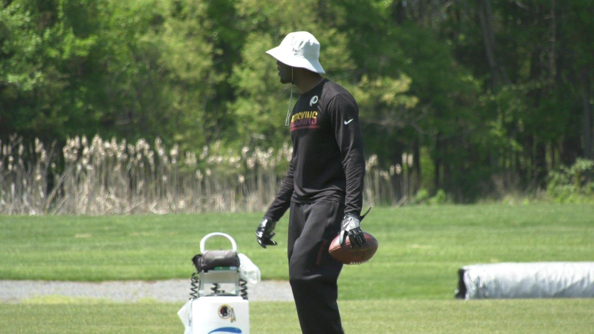 Redskins defensive backs coach Torian Gray