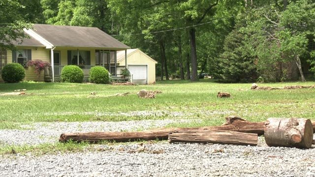 Greene County homeowners are cleaning up from Wednesday's storm