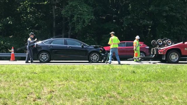 VSP investigating a crash on I-64 in Albemarle County
