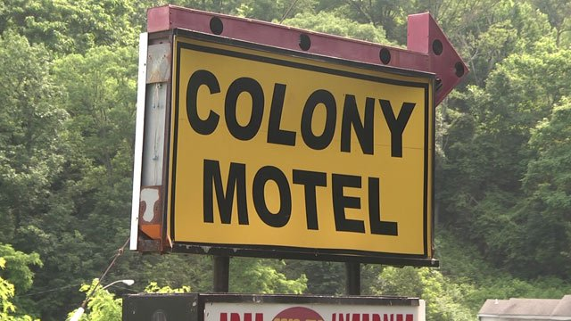 Colony House Motel