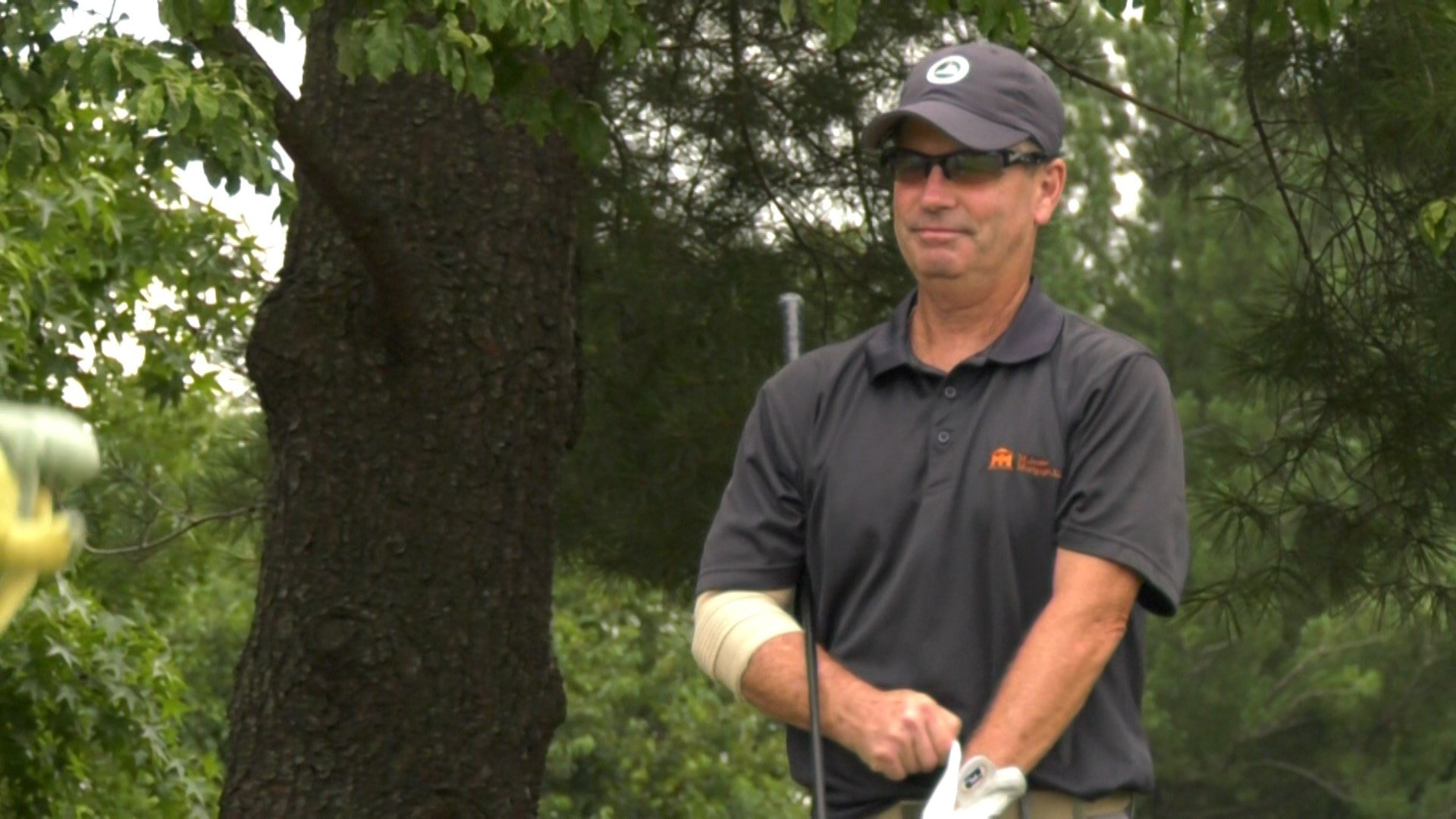 Phil Mahone is tied for 6th after shooting a 72 in round one