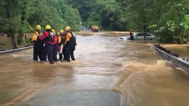 Lynchburg residents evacuated as flood waters overtop dam