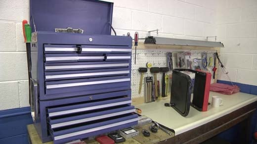 New charlottesville do it yourself garage set to open next week a new charlottesville auto shop 22 years in the making will give you all the tools to make fixes on vehicles yourself the do it yourself garage is solutioingenieria Images