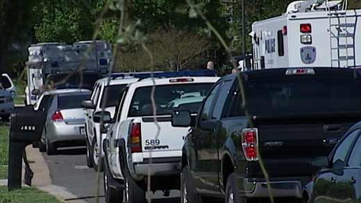 A police stand-off in south Richmond has turned into a murder-suicide investigation.