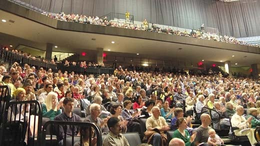 Thousands gathered at John Paul Jones Arena for a round-table discussion of homelessness in Charlottesville.