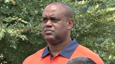 Mike London's Cavaliers went 4-8 in 2012