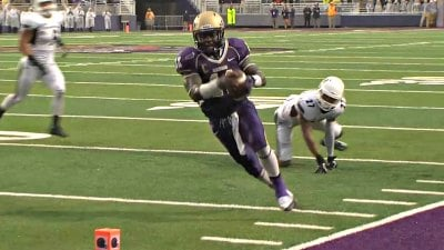 Dae'Quan Scott rushed for 190 yards and 2 TD's