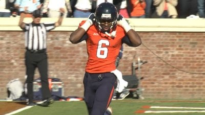Darius Jennings led the Wahoos with 13 receptions for 119 yards and two touchdowns