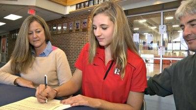 Larissa Neilan will swim at Rutgers