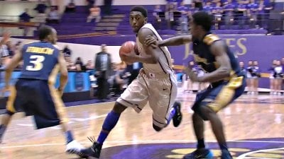 Ron Curry scores 18 points for JMU