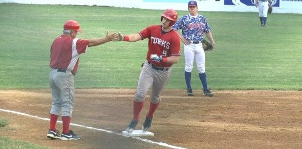 Eric Kalbfleisch hits a solo home run