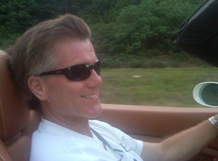 Bob McDonnell driving Williams' Ferrari