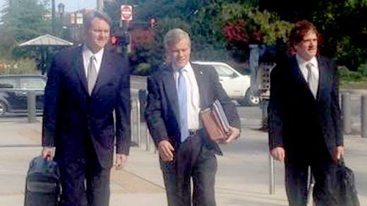 File Photo: Bob McDonnell arriving to court on 08/20.