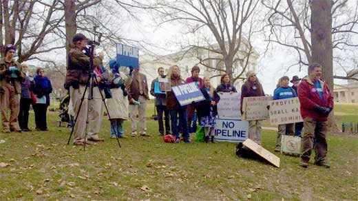 Opponents of the proposed Atlantic Coast natural gas pipeline rally in Richmond