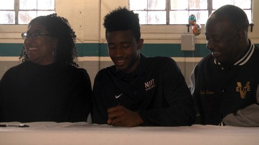Ron Alston signed to play Basketball at NJIT