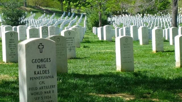 Arlington National Cemetery (Photo courtesy the Associated Press)