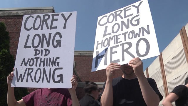 People supportering Corey Long gathered outside Charlottesville General District Court (FILE IMAGE)