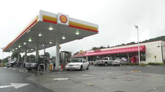 The Shell Gas station in Lovingston