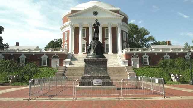 Security barrier around the statue of Thomas Jefferson at the UVA Rotunda