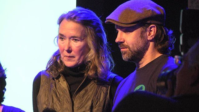 Leslie Cockburn and actor Jason Sudeikis