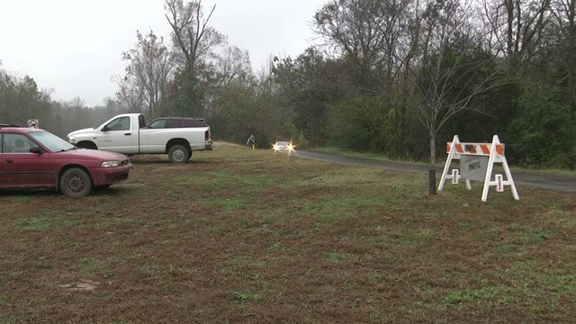 Authorities continue investigating trail area along John Warner Parkway