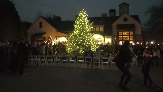Boar's Head Inn held its annual Grand Illumination on Friday night.