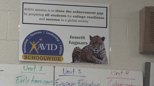 Jouett's AVID program helps kids go to college