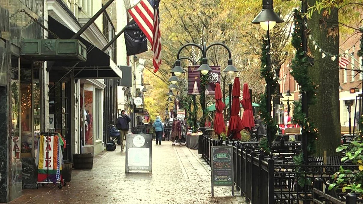 Businesses on the mall are looking ahead to the holidays